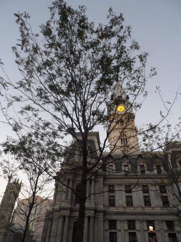 Foto da torre do City Hall na Philadelphia