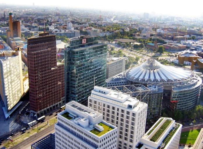 Potsdamer Platz é um dos pontos turísticos de Berlim
