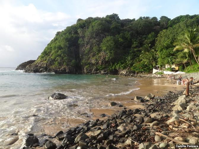 Praia do Cachorro em Fernando de Noronha