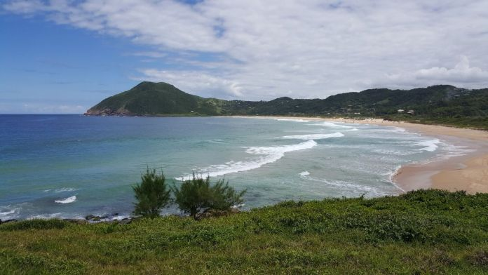 Silveira é uma das melhores praias de Santa Catarina