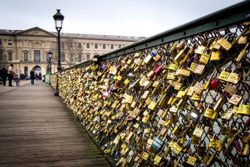 Pont des Arts marca a lua de mel em Paris