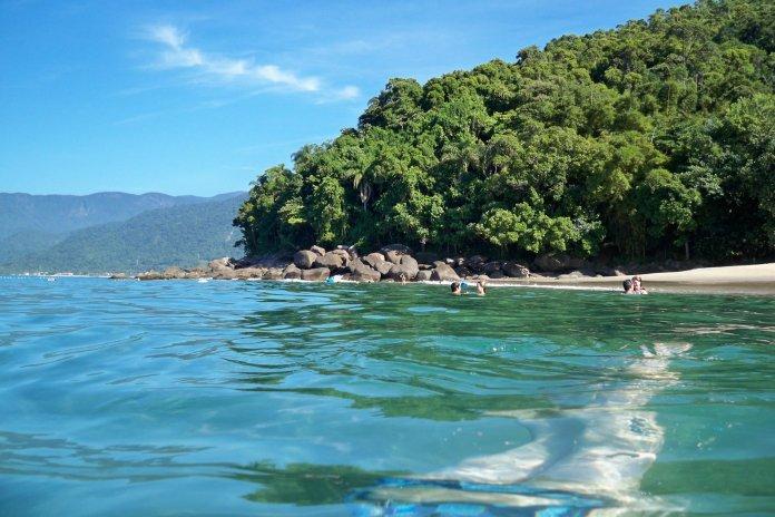 Praia do Bonete na Ilhabela, um dos melhores destinos para o dia dos namorados