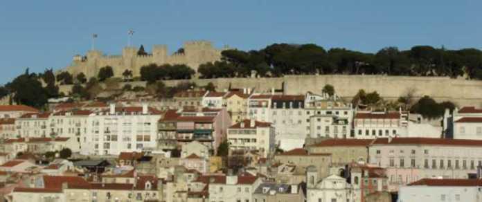 Foto de Lisboa com o Castelo de São Jorge ao Fundo