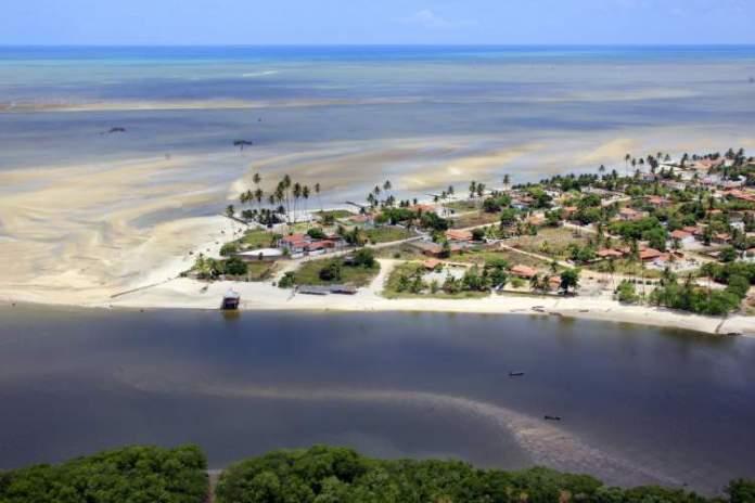 Praia Carne de Vaca é uma das melhores praias de Pernambuco