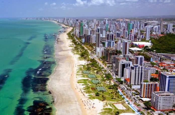 Praia de Boa Viagem em Recife é uma das melhores praias de Pernambuco