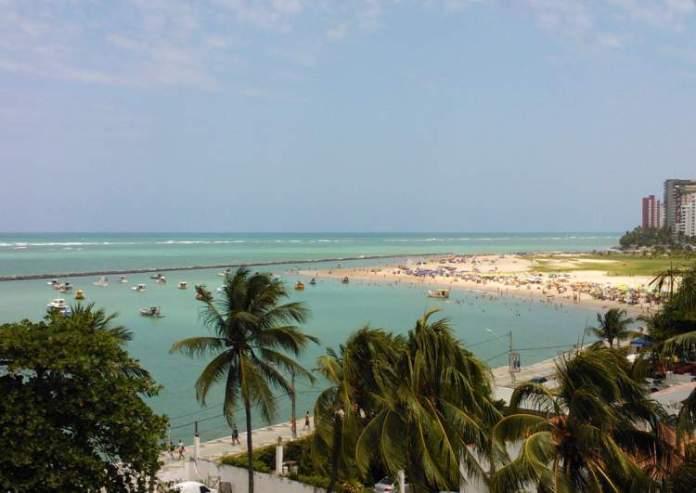 Praia de Candeias e Piedade em Jaboatão dos Guararapes