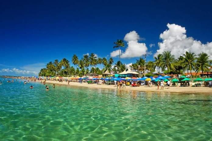 Praia de Porto de Galinhas em Ipojuca é uma das melhores praias de Pernambuco