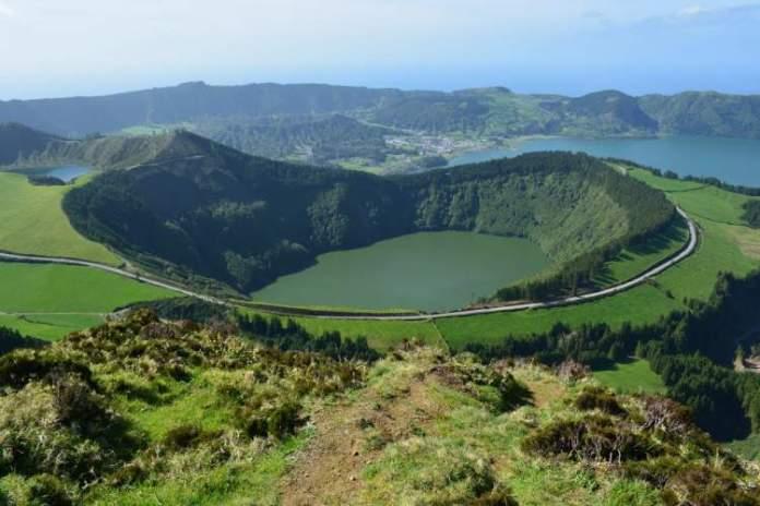 Açores em Portugal é um dos destinos subestimados de lua de mel que vão te conquistar