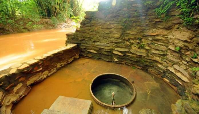 Hidroterapia junto à natureza em Caldas Novas