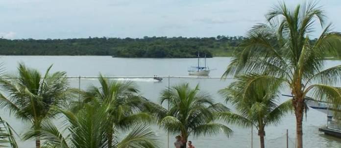 Lago de Corumbá em Caldas Nova