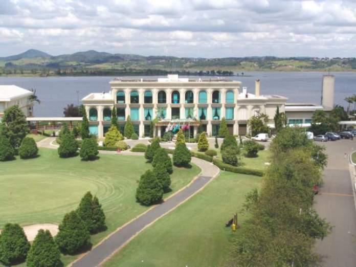 Paradise Golf Lake Resort é um dos lugares mais divertidos para viajar com crianças