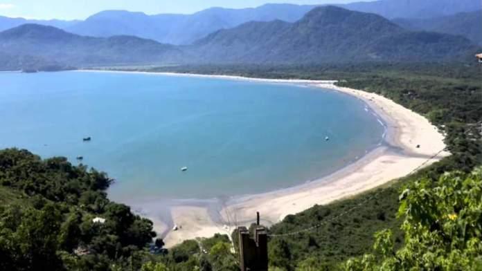 Praia da Fazenda em Ubatuba - São Paulo é uma das praias mais bonitas do Brasil
