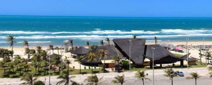 Praia do Futuro é uma das praias mais bonitas do Ceará
