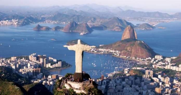Rio de Janeiro capital é um bom lugar para Viagem para solteiros