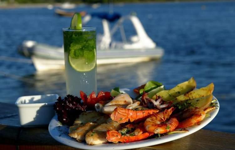 Gastronomia regada a frutos do mar Arraial do Cabo