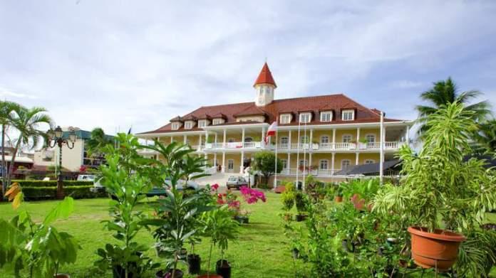 Prefeitura de Papeete é um dos pontos turísticos mais lindos do Tahiti