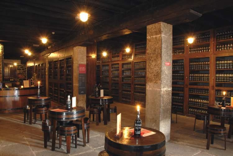 Degustação de vinhos na Blandy's na Ilha da Madeira