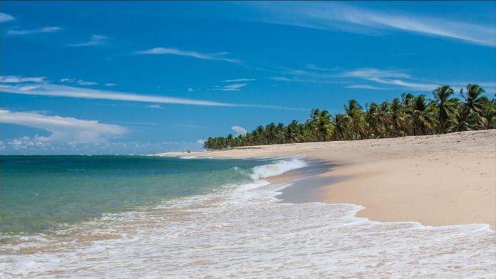 Praia de Garça Torta em Maceió, Alagoas.