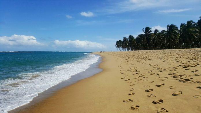 Bela praia na Praia do Gunga, Maceió.