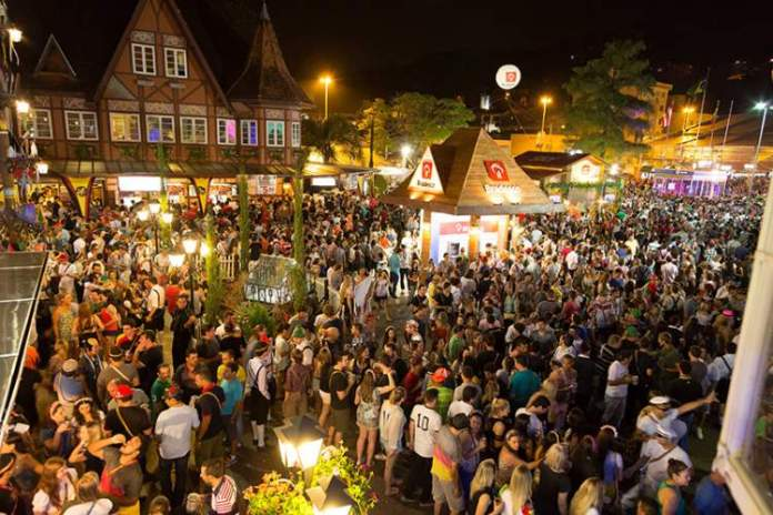 Blumenau é um dos melhores destinos para viajar em outubro no Brasil