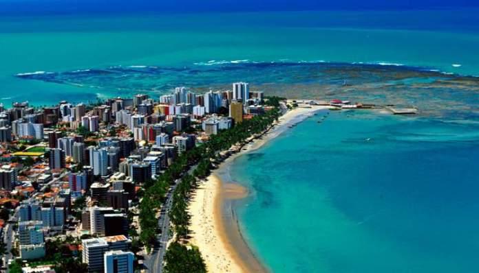 Maceió é um dos melhores destinos para viajar em outubro no Brasil