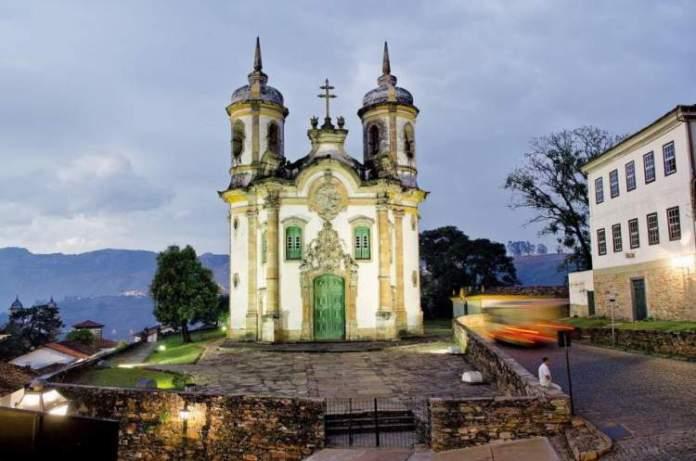 Ouro Preto é um dos melhores destinos para viajar em outubro no Brasil