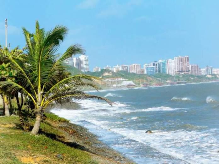 Visitar as praias é uma das dicas de o que fazer em São Luís