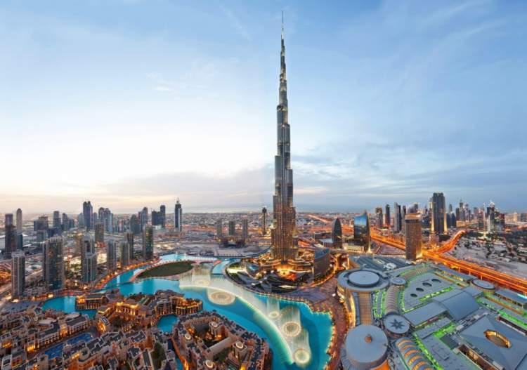 Burj Khalifa é uma das principais atrações turísticas em Dubai