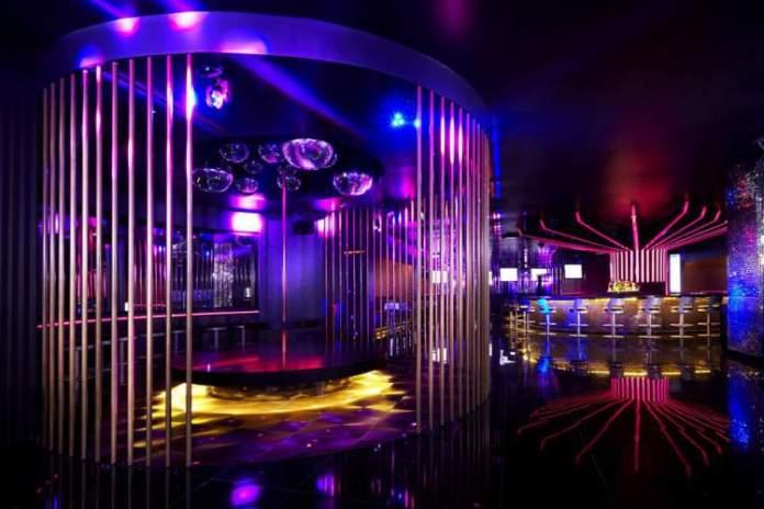 Ir a Bares do Hard Rock Hotel Megapolis é uma das dicas de o que fazer no Panamá