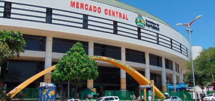 Conhecer o mercado central é um dos motivos para fazer uma viagem para Fortaleza