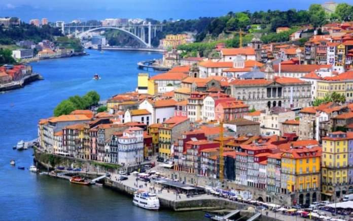 Porto em Portugal é um dos destinos para viajar na Europa em 2018