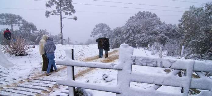 Urubici em Santa Catarina é um dos lugares no Brasil que costumam nevar no Inverno
