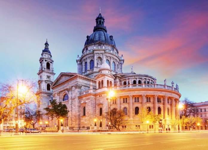 Visitar Basílica de Santo Estêvão é uma das dicas de o que fazer em Budapeste