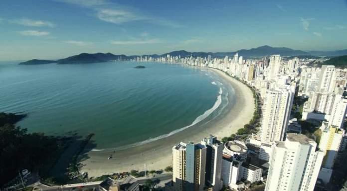 Balneário Camboriú é um dos destinos para viajar em Junho 2018