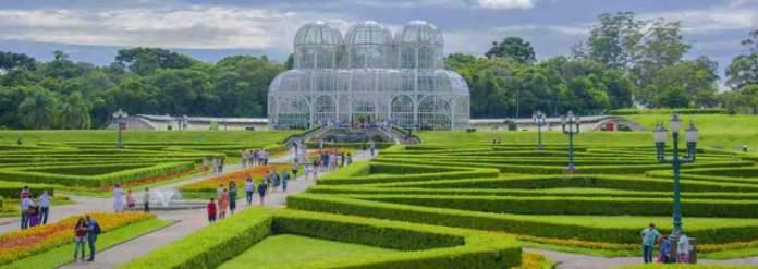 Curitiba é um dos destinos mais baratos para viajar em fevereiro