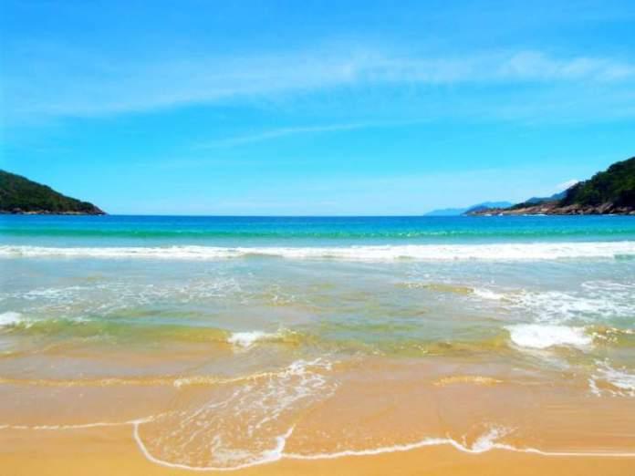 Praia de Parnaioca é uma das melhores praias de Ilha Grande