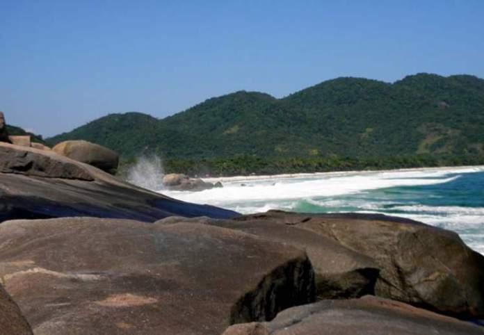 Praia de Santo Antônio é uma das melhores praias de Ilha Grande