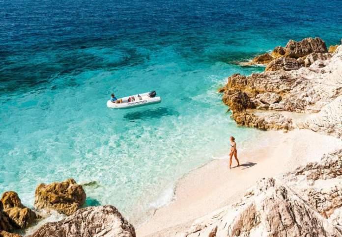 Riviera Albanesa é um dos destinos internacionais mais baratos para viajar