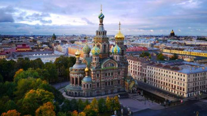 São Petersburgo é uma das cidades para visitar na Rússia