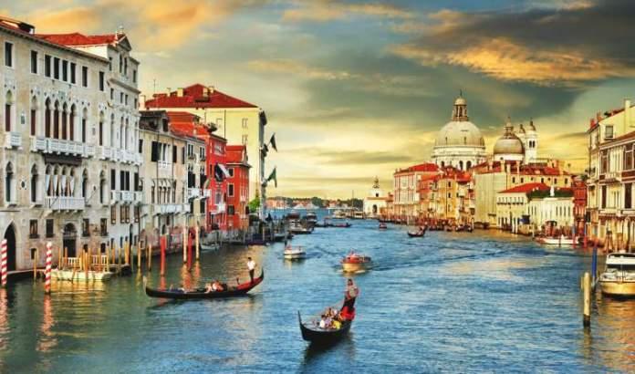 Veneza é um dos melhores lugares para viajar a dois