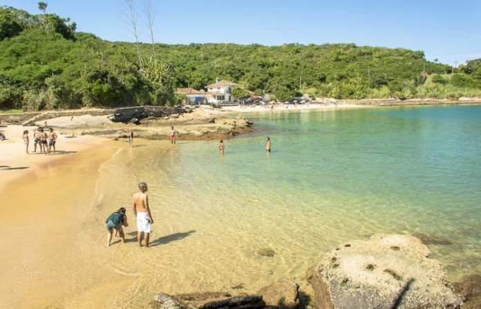 Azedinha é uma das praias mais bonitas de Búzios