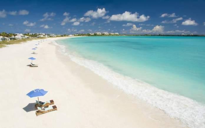 Cable Beach em New Providence Island, é uma das praias mais paradisíacas do Caribe