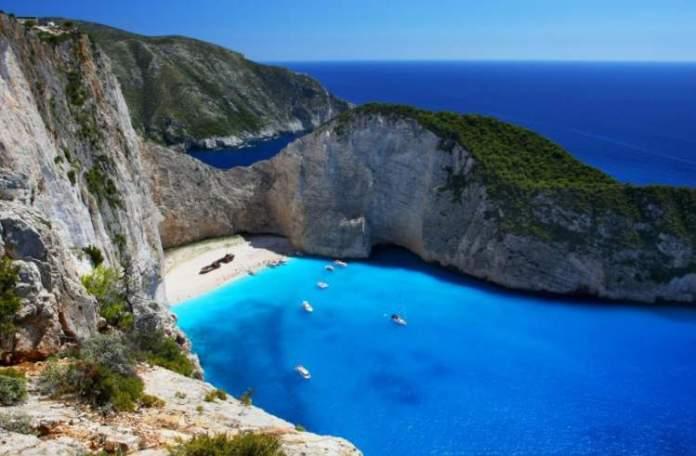 Zakynthos a ilha grega com a praia mais bonita do mundo