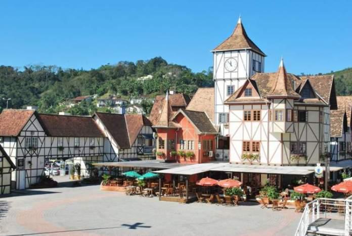 Blumenau é um dos destinos para viajar barato no Sul do Brasil