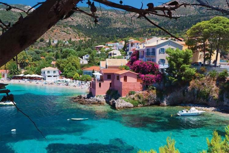 Cefalônia é uma das melhores ilhas gregas