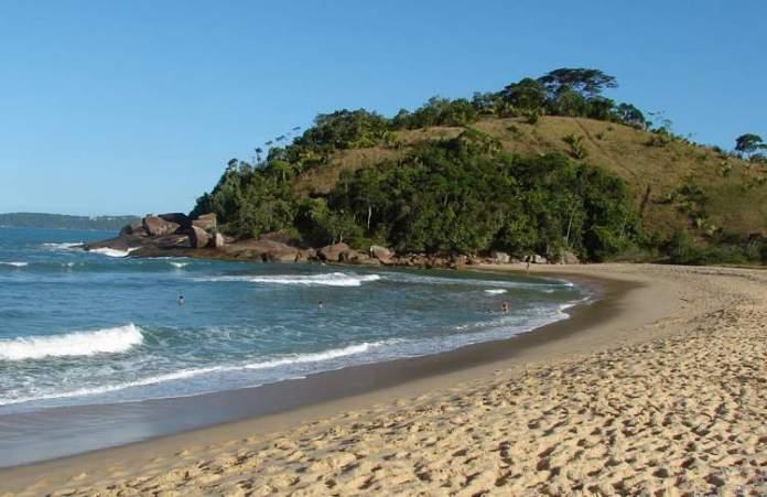 Praia Vermelha do Norte é uma das melhores praias de Ubatuba