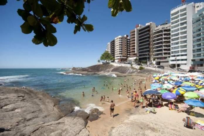 Praia das Virtudes é uma das melhores praias de Guarapari