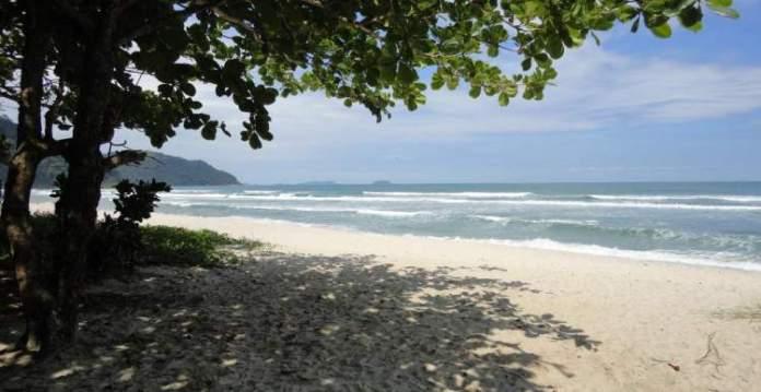 Praia de Itamambuca é uma das melhores praias de Ubatuba