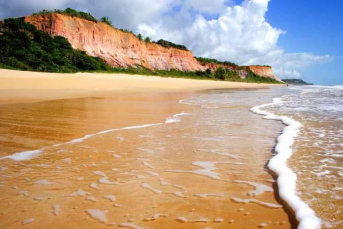 Praia de Taípe é uma das melhores praias de Trancoso
