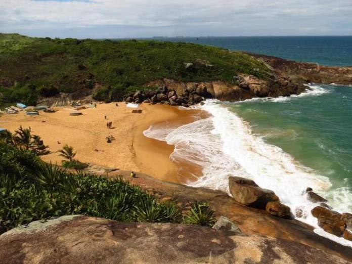 Praia da Barra do Jucu é uma das melhores Praias de Vila Velha